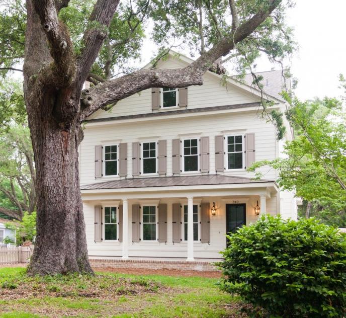 740 Center Street – Masters Residence